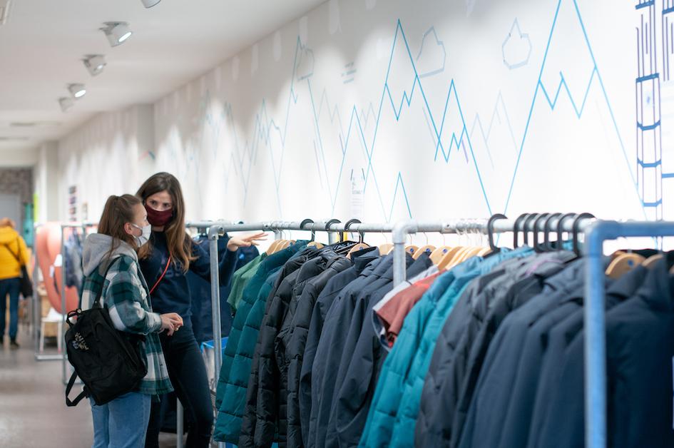 Hier sollte ein Foto des Pyua Pop-up-Store in München angezeigt werden.